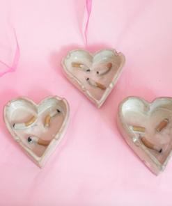 Hjerteformet askebæger i hvid
