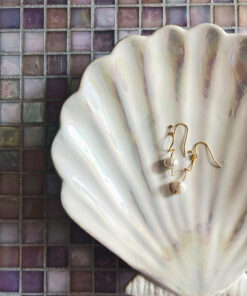 """Håndlavede elegante """"Twist øreringe"""" med ægte ferskvandsperler i guld"""