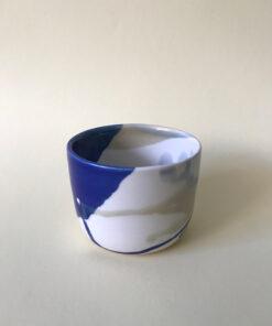 keramik krus fra Landskabts tivoli serie i blå