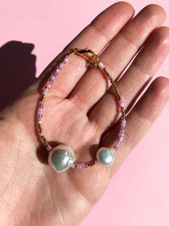 big love armbånd med stor smuk ferskvandsperle og smukke lyserøde og guld perler