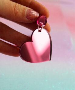 lyserøde plexi hjerte øreringe fra Saisall