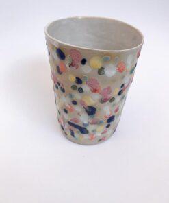 "Multifarvet ""splat"" kop fra Chandini Ceramics"