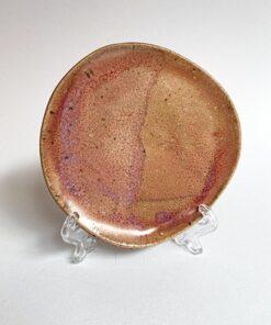 bordeaux underkop i spættet glasur fra Skæv Keramik
