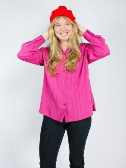 pink skjorte med smukke detaljer